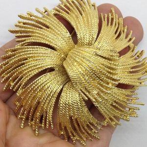 Vintage 1960s Monet Rope Flower Gold Plated Brooch